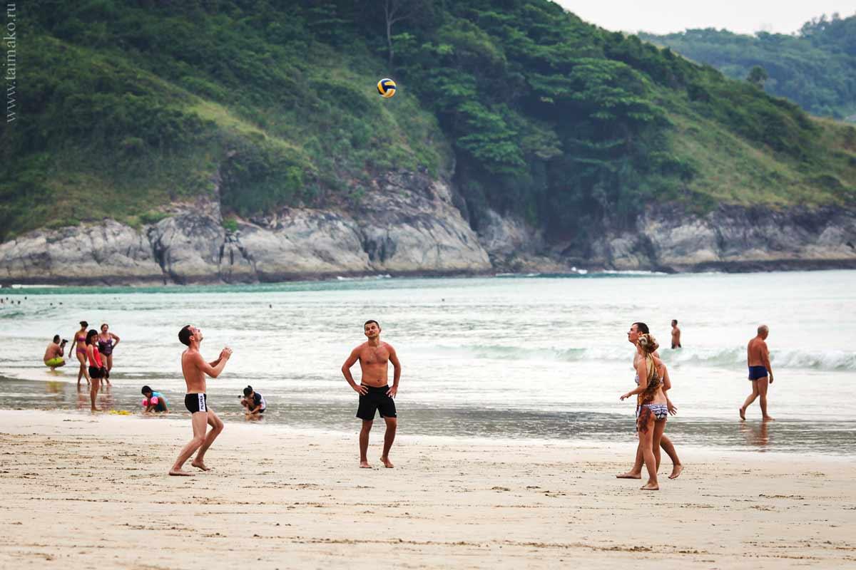 naiharn-beach-3