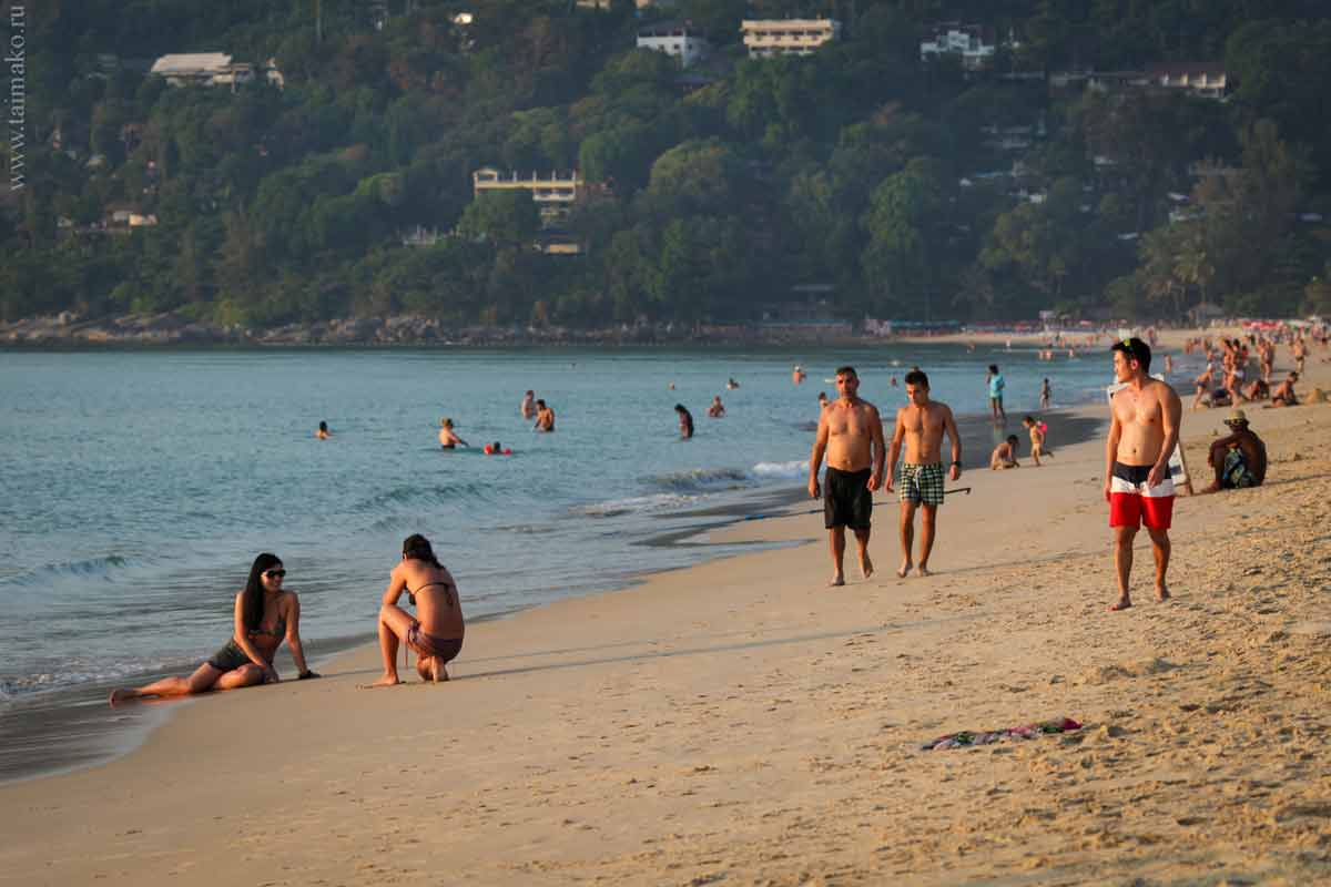 Karon-beach-Phuket-12