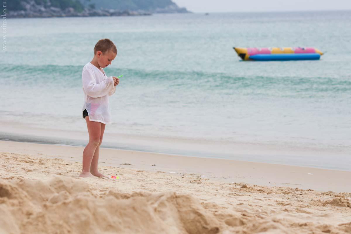 Karon-beach-Phuket-2