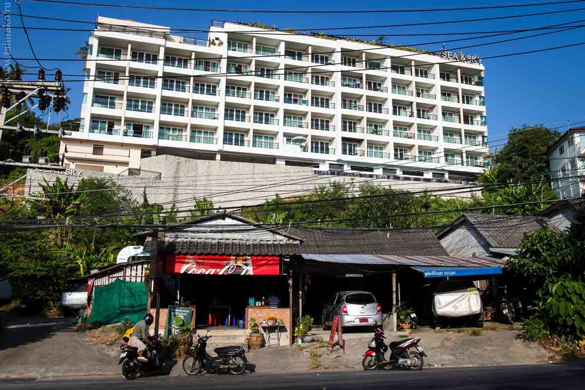 Karon-beach-Phuket-8