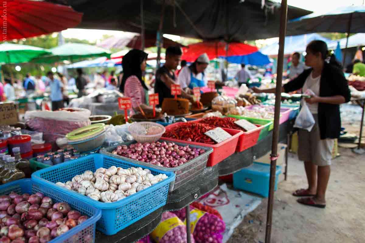 Phuket-Chalong-market-18