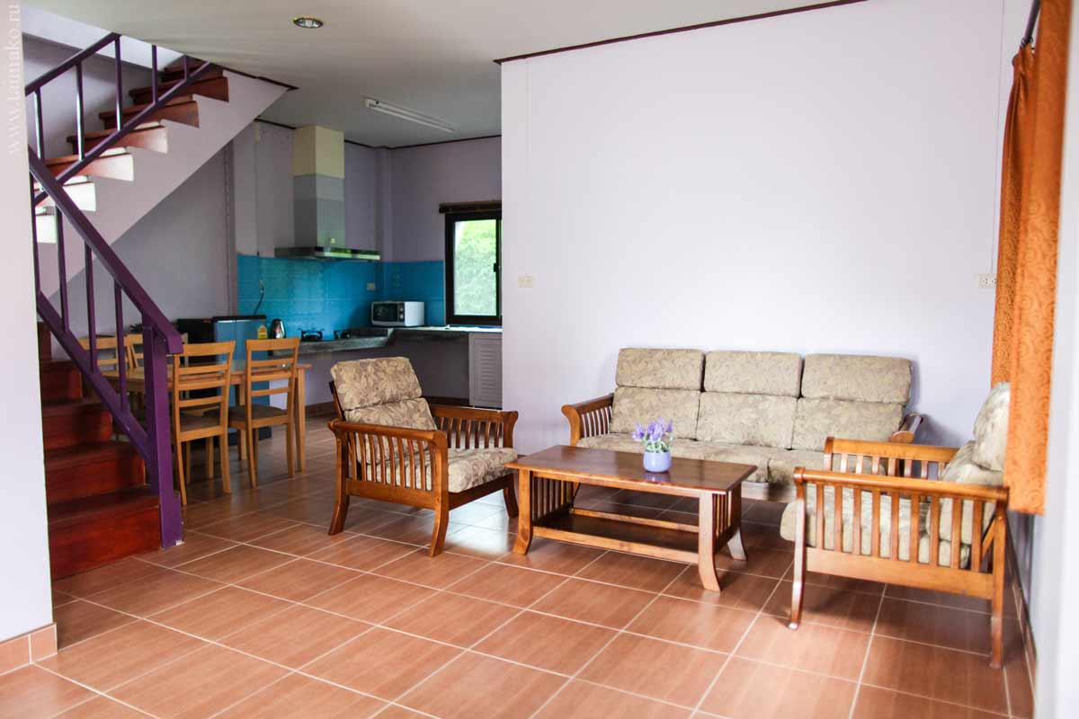 nai-harn-house-for-rent-4
