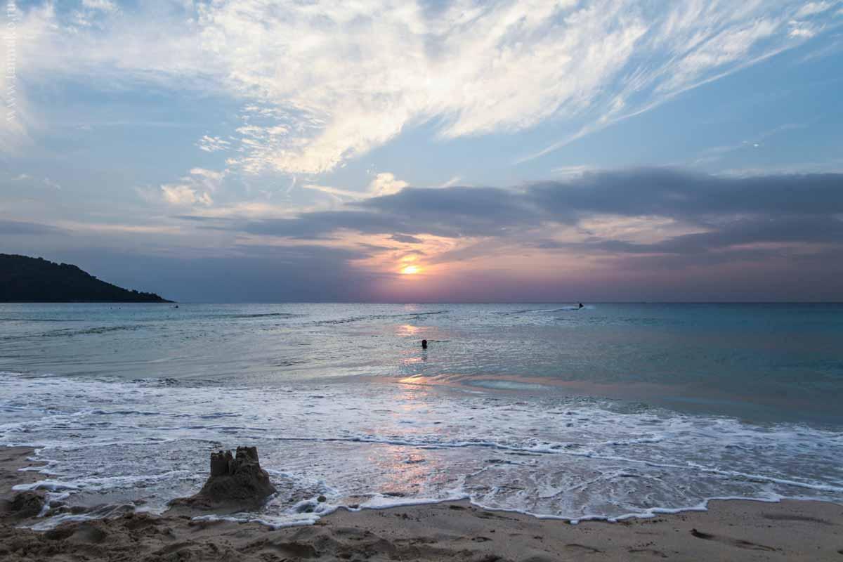 Beach-of-Phuket-3